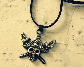 Unisex Pirate Necklace, Pirate Jewelry, Pirate Jewlery, Pirate Gifts, Pirate Accessories, Skull And Crossbones Necklace, Salvina's Treasures