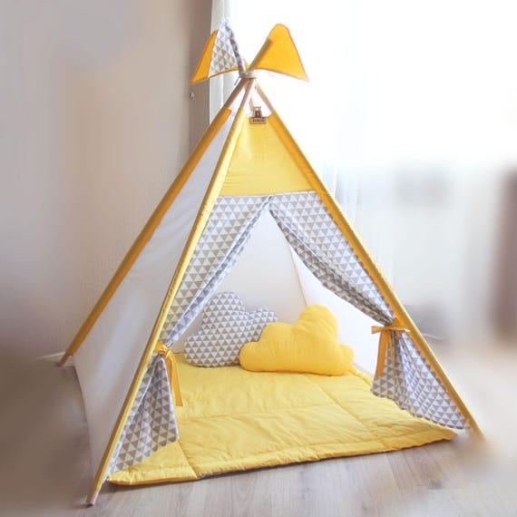 Spielzelt Tipi Kinder gelb spielen Zelt graue Dreiecke Kid
