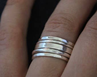 Set of 5 sterling silver stacking rings.Stackable rings.Silver bands.Textured silver rings.Band rings.
