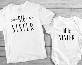 Big Sister Little Sister Shirt and Onesie Set / Matching Sibling Shirt and Onesie / Sibling Shirt and Onesie to Announce Pregnancy
