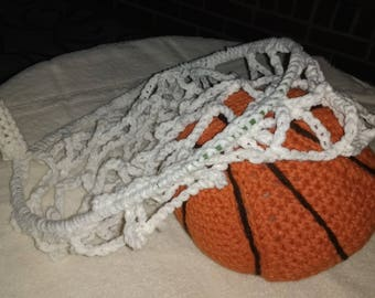 Crochet Basketball with hoop
