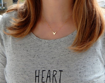 Gold V necklace, gold arrow head point necklace, triangle simple minimalist gold plated charm necklace, arrow head charm necklace 268