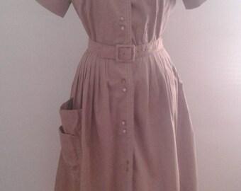 Vintage 1950's Haybrooke Light Brown Cotton Short Sleeve Day Dress Full Skirt Belted Sz Small Mid Century Ladylike