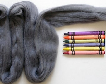 MERINO WOOL ROVING / Silver 1 ounce / wool for animal fur, wet felting, needle felting, infant photography, spinning yarn, wool dreadlocks