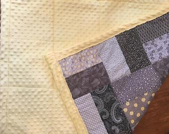 Yellow & grey baby quilt