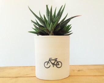 Ceramic planter - Velo