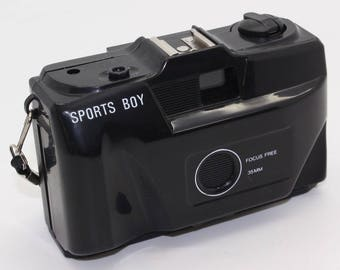 Sports Boy 35mm Film Compact 'Toy' Camera with box and manual – Lomography - Very Good Condition and Tested