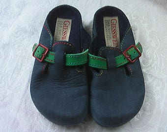Vintage 1993 Kids Giesswein Clogs Shoes Little Girls 12.5 Blue Nubuck (Approx Kindergarten Age) Garnet Hill