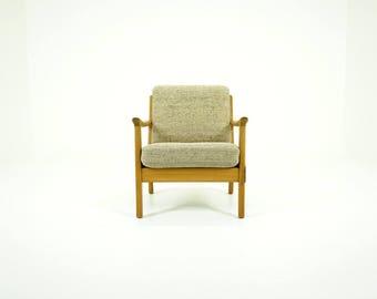 309-017.2 Oak Lounge Chair Danish Mid Century Modern