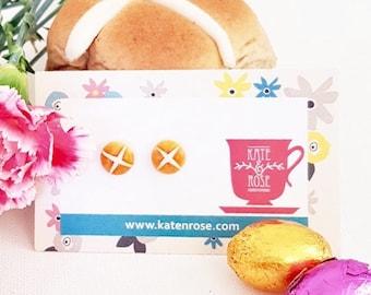 Hot cross buns studs -  polymer clay stud earrings - Easter Bun studs - Easter studs - earrings - foodie earrings - food jewellery - Buns
