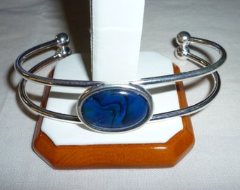 Sterling Silver Bangle with Blue Abalone cabochon setting