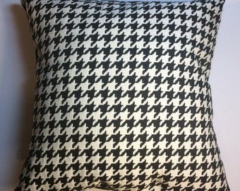 Black and white pillow cover, Houndstooth  Black and white Throw pillow, Pillow cover, Black pillow cover, White pillow cover, Furnishing