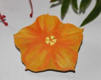 Summer Flower Brooch, Brooch Pin For Women, Summer Flower Pin, Wood Floral Brooch, Mom Floral Brooch, Flannel Bush, Australian Native