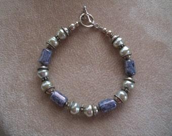 Bracelet Vintage, argent Sterling, perles et en porcelaine, de Nanas Boutique Vintage sur Etsy