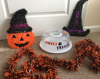 Sweet Treats Halloween Cake Carrier, Cake Carrier, Trick or Treat Cake Carrier, Vinyl Cake Carrier