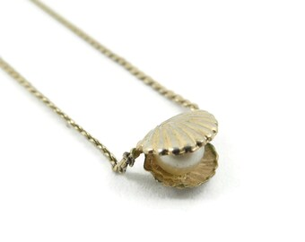 Vintage, Seashell Necklace, Faux Pearl, 14K Gold Filled