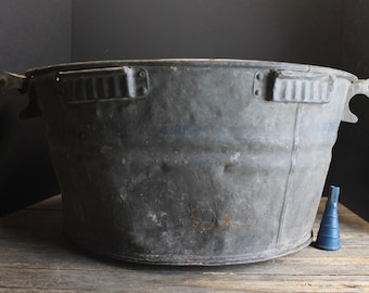 Vintage  Distressed Zinc Galvanized Basin With Faded Blue Stripes and Wood Handles // Tree Stand // Farm Weddings // Planter