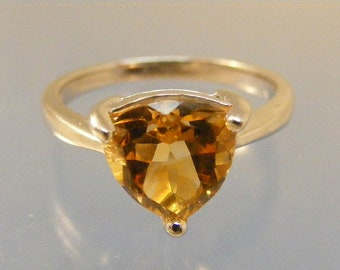 Vintage Trillion Citrine Sterling Silver Solitaire Ring in Sterling Silver.....  Lot 5728