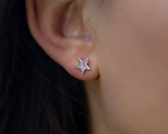 Stud | free shipping | earring | silver | minimalistic | star