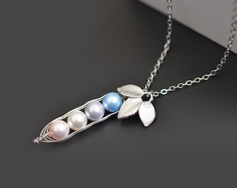 Peas in a Pod necklace, Silver Necklace, Family necklace, Mother's Day Gift, Mommy and me necklace, Pearl necklace, Christmas gift