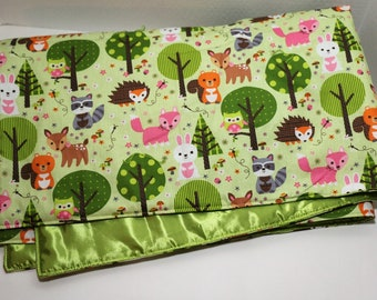 Baby Woodland Animals on Green baby quilt