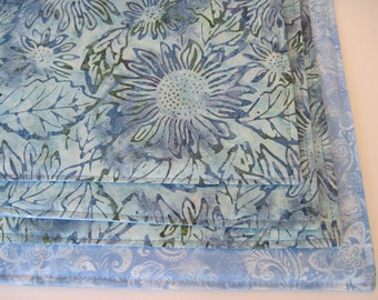 Coastal Living Placemats Reversible set of 4 or 6 Aqua Placemats Blue Floral Placemats Blue Batik Placemats Green Blue Table decor