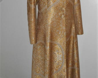 Absolutely Stunning Quality Vintage Gold Silk Brocade Bespoke Full Length Evening Coat 1960s FREE POSTAGE