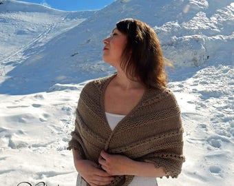 Knitted shawl Outlander inspired, crochet shawl, wool shawl, handknit shawl, knitted wrap, triangular shawl, openwork shawl, beige shawl