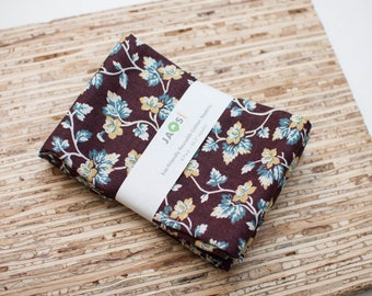 Large Cloth Napkins - Set of 4 - (N5871) - Brown Blue Vine Floral Modern Reusable Fabric Napkins