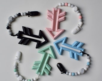 Arrow teethers & soother clip
