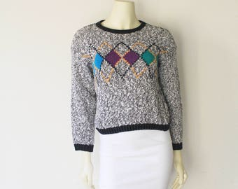 Lovely Early 90's Vintage Black and White Argyle Print Micro Crop Pull Over Sweater