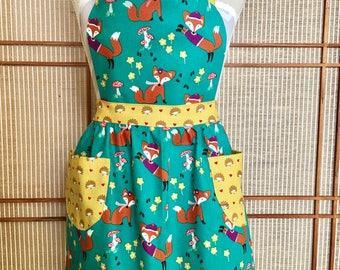 Girls apron,fox apron,hedgehog apron