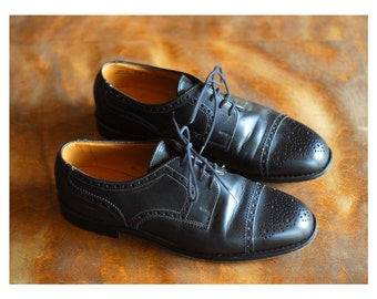 vintage Bally black leather oxfords / size 6.5 7