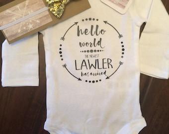 Hello World Personalized Newborn Outfit // personalized newborn gift // i have arrived personalized Jumper