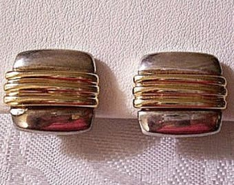 Square Ribbed Wide Band Button Clip On Earrings Silver Gold Tone Vintage Rounded Edges