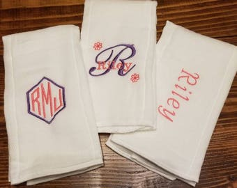 Set of 3 Custom Personalized Embroidered Burp Cloths, baby shower gift, monogrammed burp cloth, burp rag, baby shower gift, baby boy, girl