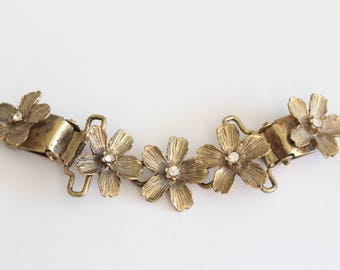 Vintage Brass Tone Flower Floral Sweater Clip With Rhinestones . Unsigned