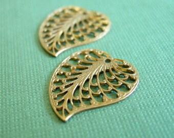 vintaj brass filigree leaf charm, 19 x 16mm two pieces, brass filigree