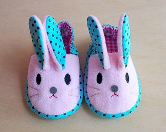 Elastic Baby Booties - Chubby Bunny 17