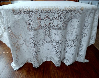 Vintage Quaker Lace Wedding Tablecloth or Lace Overlay Creamy White Banquet Sized 63 X 124 Inches ECS SVFT