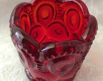 Beautiful Ruby Red LE Smith Moon and Stars Toothpick Holder