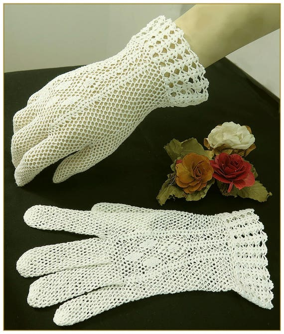 Victorian Gloves | Victorian Accessories Ivory Crochet Gloves 100% Cotton $19.00 AT vintagedancer.com