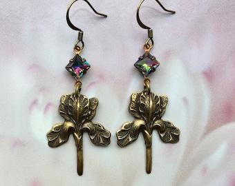 Iris Earrings - Iris Flower Earrings - Iris Jewelry - Flower Jewelry - Romantic Jewelry - Spring Earrings - Spring Jewelry - Romantic Gift