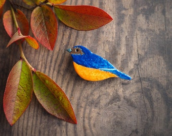 Bluebird brooch, colorful enamelled copper pin, nature inspired bird jewelry, cute bird brooch, autumn gift for her, gift for good luck