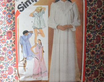 Vintage 1980s Simplicity sewing pattern 5738 misses nightgown in two lengths and baby doll pajamas size medium 14-16