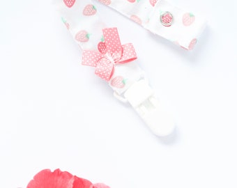 strawberry dummy clip