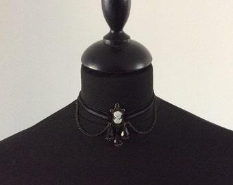 """Cameo necklace velvet Napoleonic """"ML"""""""