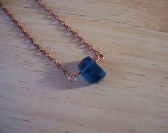 Handmade Natural Blue Flourite Stick Style Nacklace in Copper