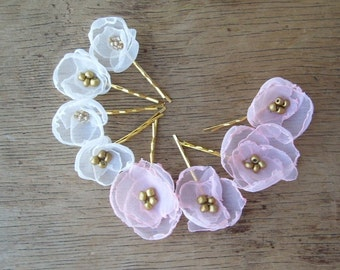 Set Of 5 Organza Flower Bobby Pins in White Wedding Flower Hair Pins Bridal Wedding Party Flower Girl Hair