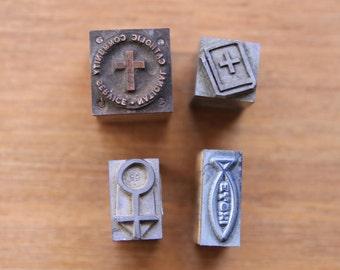 Lot of 4 wood and metal vintage letterpress stamps/blocks with Christian motifs, old printing supply, cross. Bibel, fish motifs,